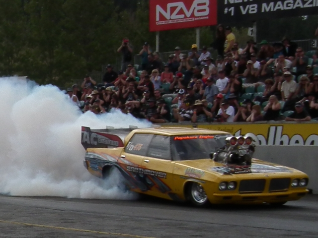 In the first round, Trevor Smith was to face Rod Benjes, but he was shut down after his burnout with an oil leak.
