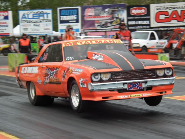 Paul Hammond qualified fourth in NZ Hot Rod Magazine Super Sedan and won his first round race